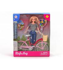 Lelle Lusija ar velosipēdu 419797